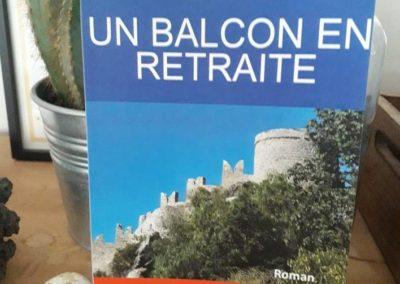 Chronique du Blog Entre deux livres sur « Un balcon en retraite »
